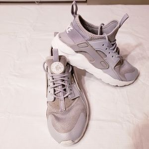 Nike Youth Air Huarache Run Ultra Wolf Gray